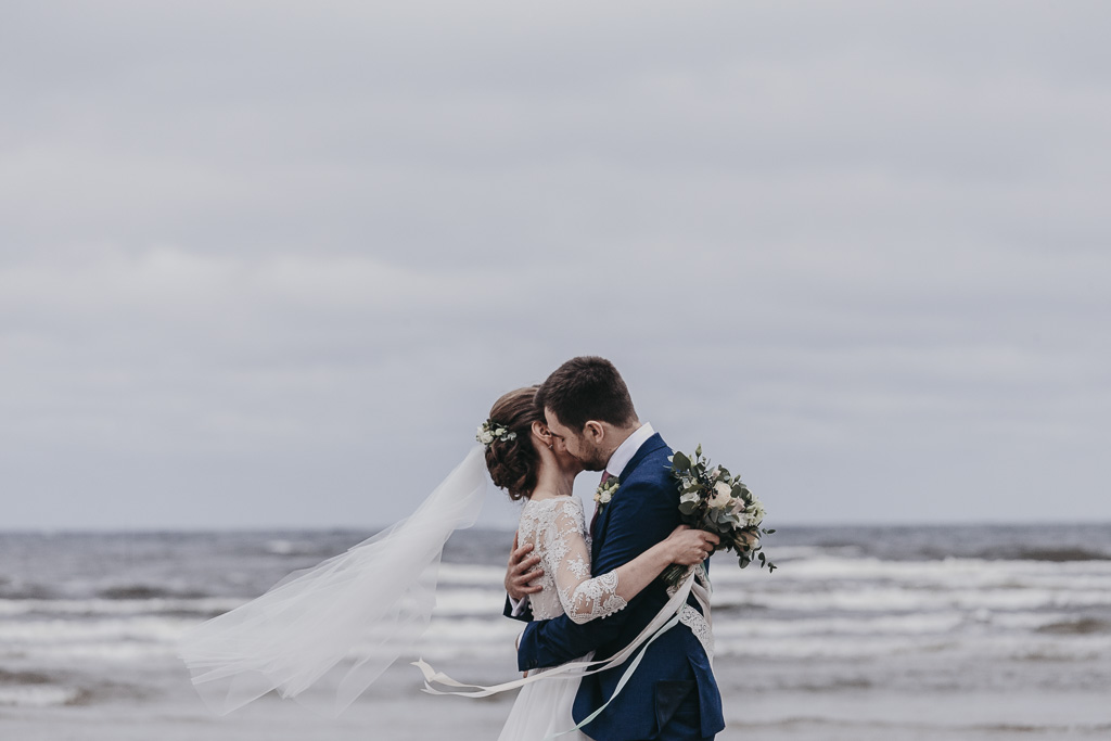Jurmala beach wedding